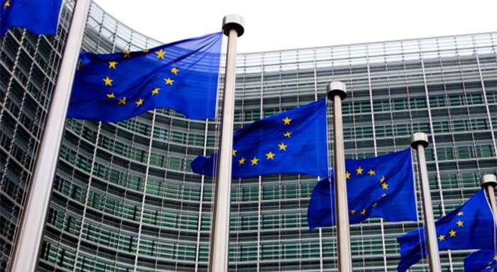 Єврокомісія готова допосередництва між Україною таРФ угазовій суперечці