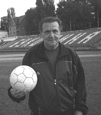 Помер відомий буковинський футболіст і тренер Валерій Семенов