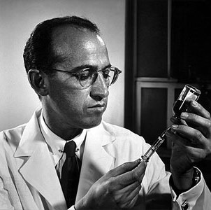 Цей день в історії: шхуна, що не програла жодної гонки та винайдення вакцини проти поліоміеліту