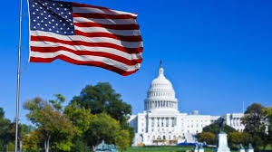 США висилають 60 російських дипломатів