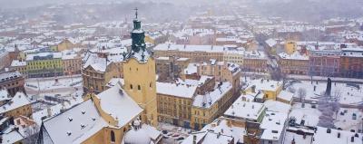У Львові вирішили не припиняти роботу шкіл та дитячих садків