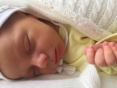 У Чернівецькій області в лікарню підкинули немовля: медики просять допомогти хлопчикові