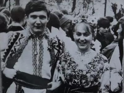День народження Володимира Івасюка: кому митець з Буковини присвятив легендарну «Червону руту»?