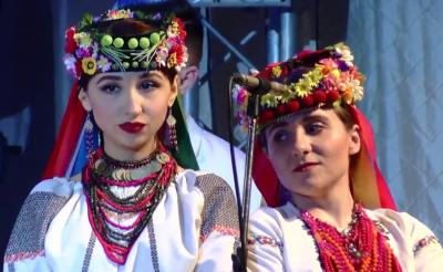 У Чернівцях розпочався гала-концерт переможців фестивалю «Червона рута» (НАЖИВО)