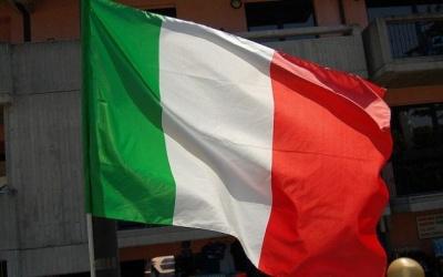 В Італії на виборчих дільницях утворилися черги