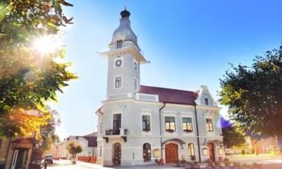 На Буковині чиновники Сторожинецької ОТГ вивчають румунську мову