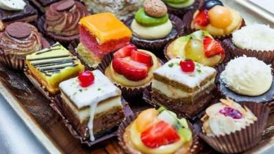Чим варто замінити солодке при дієті: корисні поради