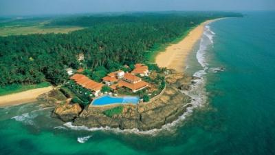 На острові Шрі-Ланка ввели надзвичайний стан