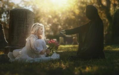 Родичі чекатимуть кілька тижнів, щоб поховати померлого: в Україні змінили правила поховання людей