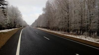 Ситуація на дорогах України 9 березня: мокро, місцями сніг та ожеледиця