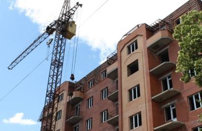 У Чернівцях менше будували житла