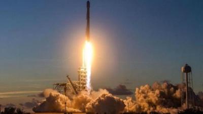 Вчені розповіли про небезпеку проекту SpaceX