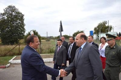 Румунія й Україна обговорили будівництво автомагістралі через Східні Карпати