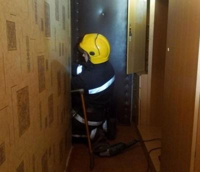 У Чернівцях рятувальники за вихідні сім разів виїжджали розблоковувати двері квартир
