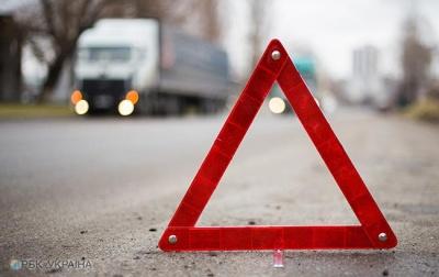 На трасі поблизу Чернівців у ДТП загинули троє осіб, - поліція