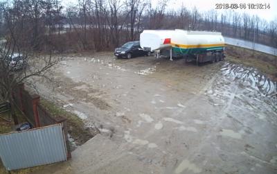 От удара легковушка трижды развернулся: появилось видео с моментом трагической ДТП вблизи Черновцов