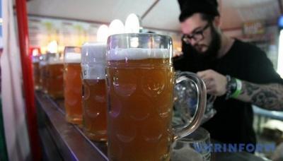 Бельгійський бар обладнав сигналізацією келихи
