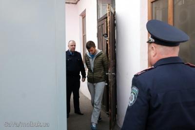 «Мажора», який у Чернівцях на «Мерседесі» збив на смерть комунальника, ув'язнили на один рік