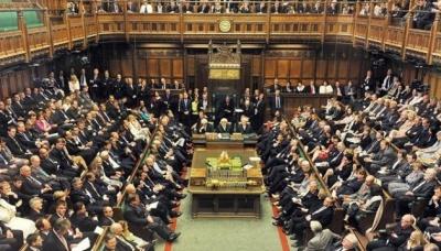 Британському парламенту пропонують відтермінувати Brexit