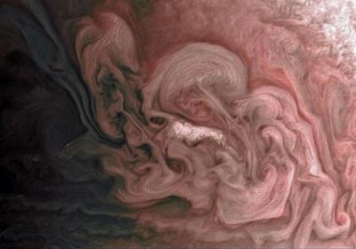 """""""Рожева"""" буря на Юпітері: NASA показало неймовірний знімок"""