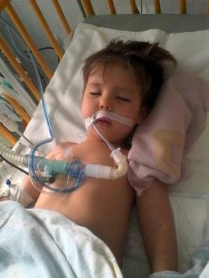 У Чернівецькій області дитина впала у кому після лікування у ЦРЛ: відкрито кримінальне провадження