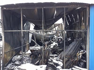 Пожежа на Калинці: ринок звільнив від сплати оренди підприємців, у яких згоріли контейнери