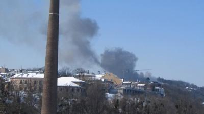 У центрі Чернівців горить будівля транспортного коледжу
