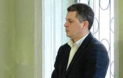 Депутат Білик у суді заявив, що не вважає себе винним у справі підкупу виборців у Чернівцях