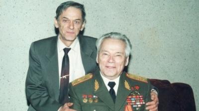Помер відомий зброяр Віктор Калашніков
