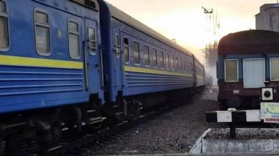 На Тернопільщині поїзд зійшов з рейок, бо злодії покрали колії