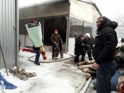 Підприємцям Калинівсього ринку, які постраждали через пожежу, нададуть поворотну фінансову допомогу