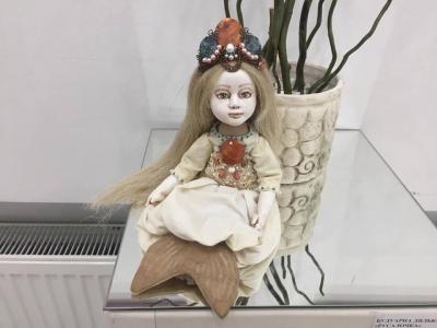 Чернівчанка виготовляє незвичні ляльки за технікою «тедді долл»