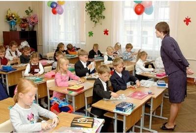 Школи та садочки не повинні вимагати медичної картки дитини