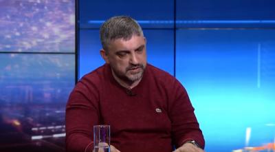 У влади є наміри дозволити розмитнити ввезені в Україну «євробляхи», - активіст