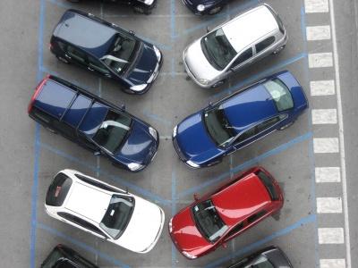 Мінрегіонбуд хоче заборонити планування автостоянок усередині житлових кварталів