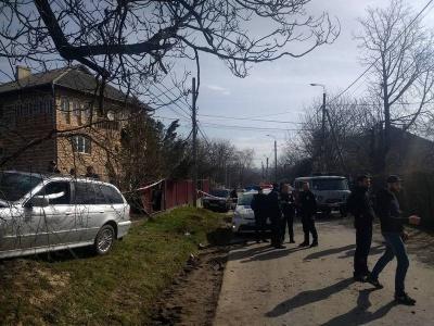 У Чернівцях напали на дівчину-поліцейську (ВІДЕО)