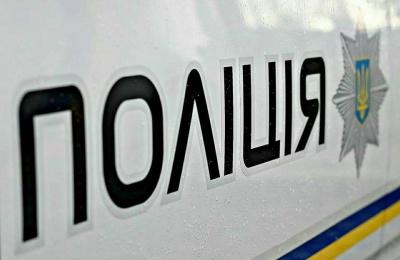 У Чернівцях патрульні виявили двох осіб, підозрюваних у крадіжці в магазині