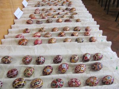 У Чернівцях відомий етнограф презентував власну колекцію писанок (ФОТО)