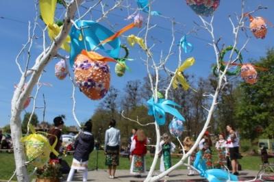 У Чернівцях 10 квітня відбудеться свято «Христос Воскрес! Воскресне Україна»