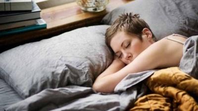 Яка найкраща поза для сну