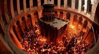 У Єрусалимі зійшов Благодатний вогонь (ВІДЕО)