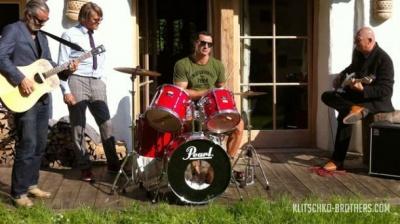 Володимир Кличко стане барабанщиком гурту Rock-H
