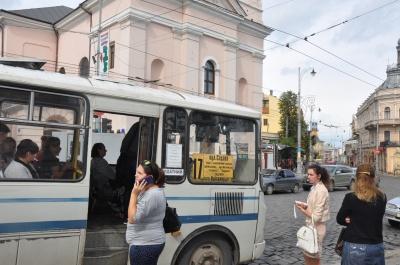 Перевізники Чернівців не будуть обмежувати рух маршруток