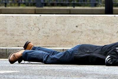 У Києві на вулиці виявили труп молодого чоловіка