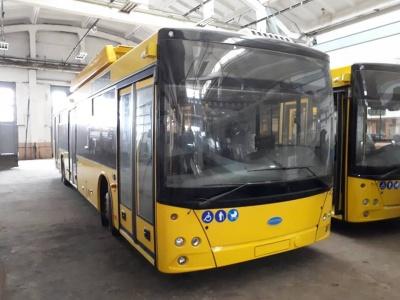 Нові тролейбуси, які привезли до Чернівців, - з трьома відеокамерами