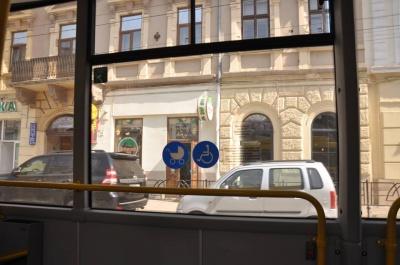 «Цей тролейбус, як реактивний літак»: водій із Чернівців про випробування нових машин (ФОТО)