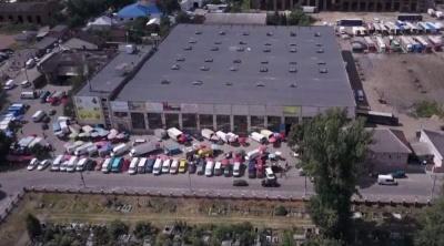 У Чернівцях дотичні до секретаря міськради фірми завдали місту збитків на майже 4,3 млн грн