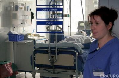 Польща спрощує працевлаштування українських медсестер