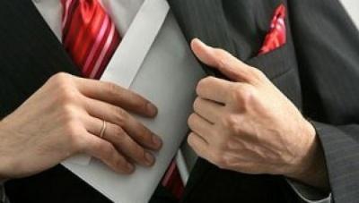 У Раду внесли два законопроекти, які дозволяють легалізувати корупційні статки