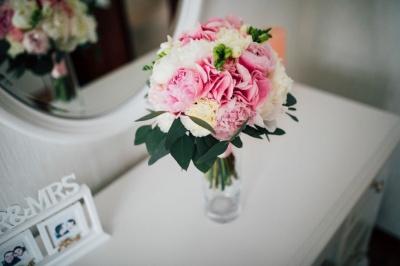 Майстер має знати, які квіти потрібні для вашого свята: чернівчанка професійно займається флористикою
